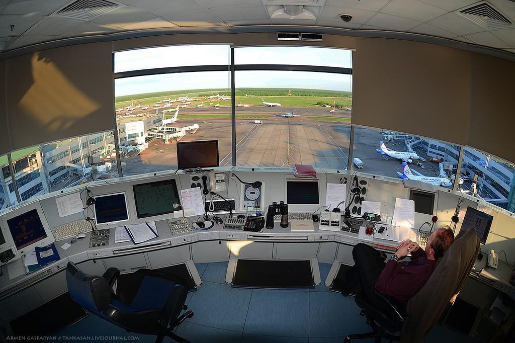 DMEtower10 Как работают авиадиспетчеры