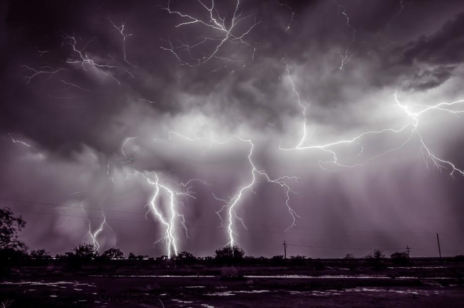 Thunderstorms14 35 прекрасных фото, демонстрирующих мощь и красоту стихии