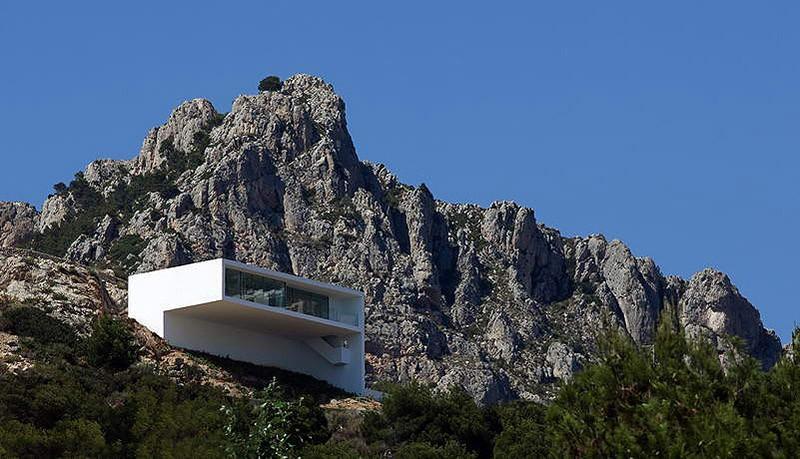 amazinghouses01 18 потрясающих и пугающих домов