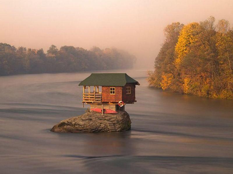 amazinghouses16 18 потрясающих и пугающих домов