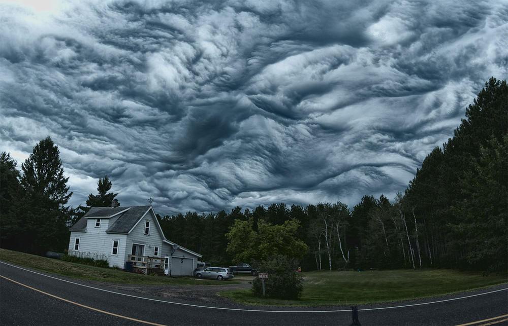 Асператус: як виглядають найстрашніші хмари в світі