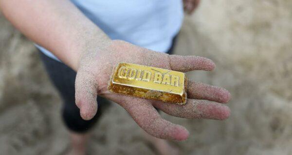 Британская золотая лихорадка на пляже Фолкстона