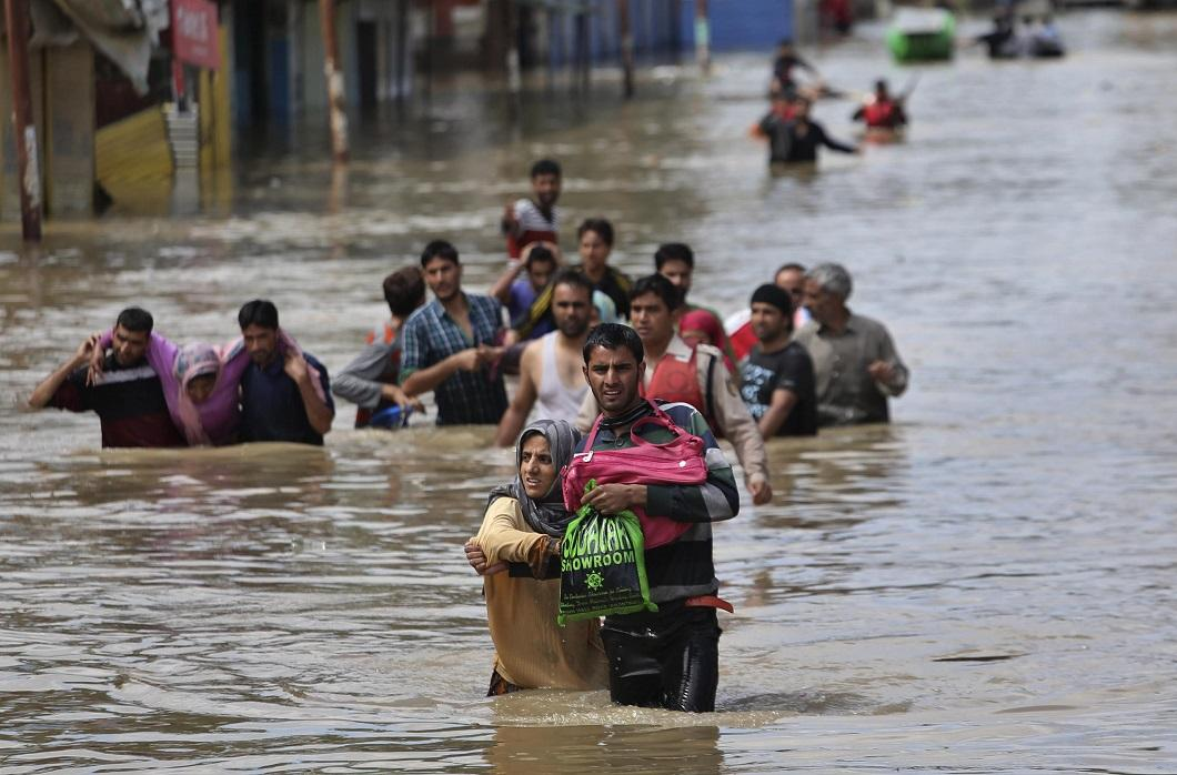 bihar flood essay The following steps are effective in flood control: essay on controlling and management of floods in india ganga and its companion rivers in bihar (v.