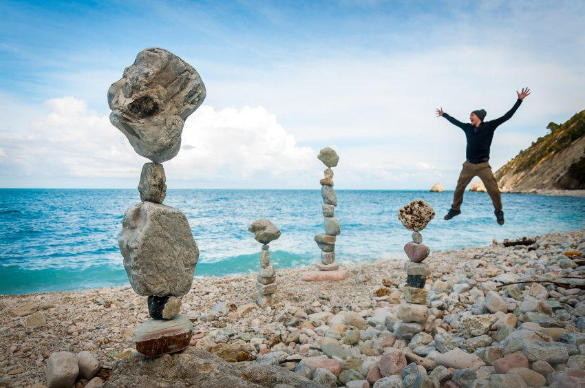 http://bigpicture.ru/wp-content/uploads/2014/09/stonemaster02.jpg