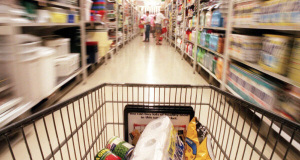 8 хитрых приемов магазинов, которые заставляют вас тратить больше