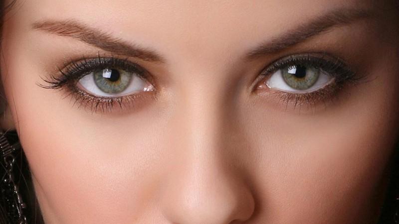 Сколько весит глаз человека