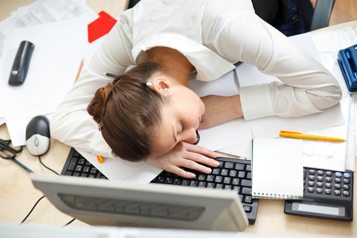 092 14 привычек, из-за которых вы все время чувствуете себя уставшими