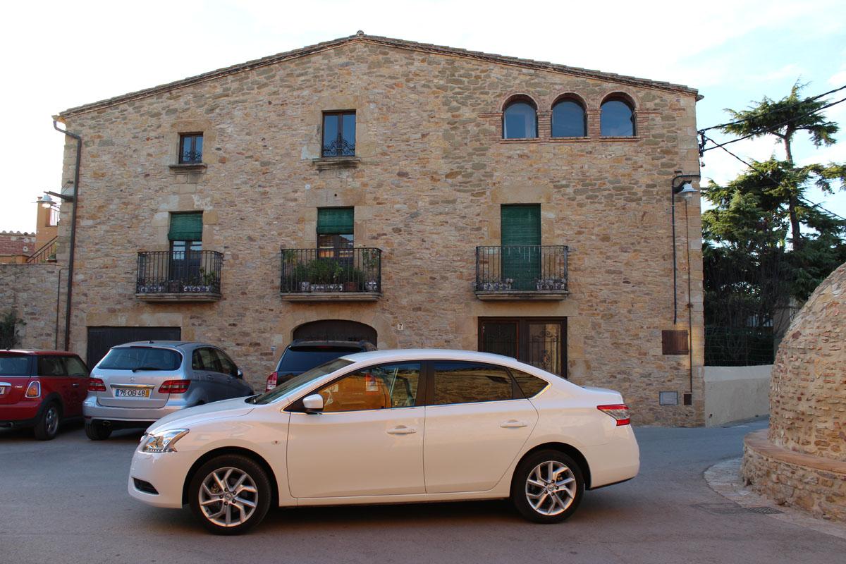 93 Nissan Sentra — комфорт и безопасность