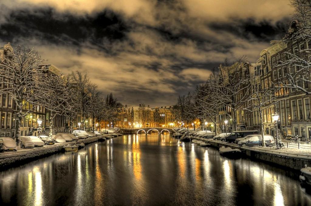 Amsterdam02 Амстердам в цифрах и фотографиях