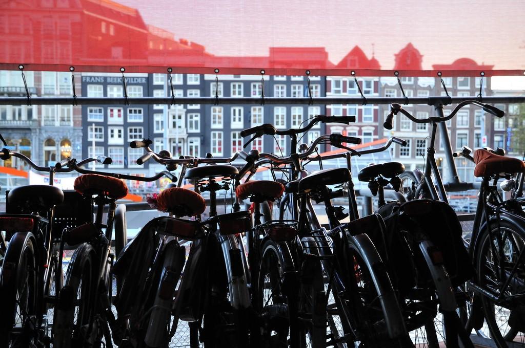 Amsterdam05 Амстердам в цифрах и фотографиях