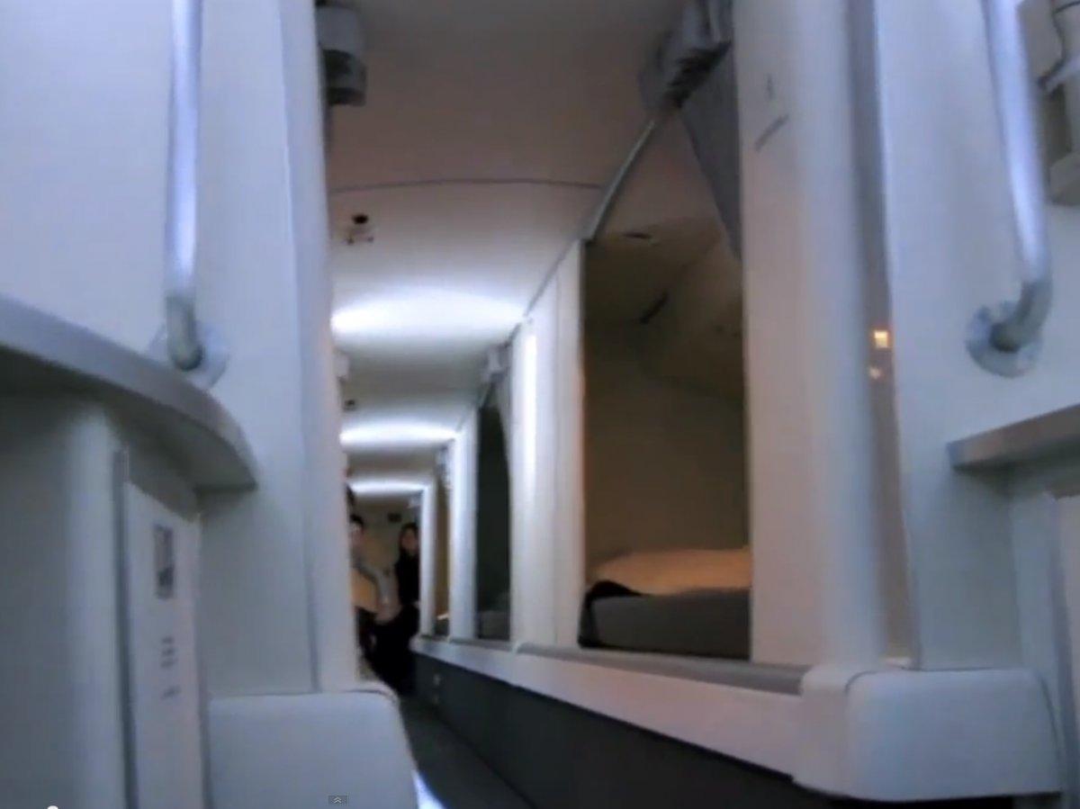 Boeingrestroom06 Тайная комната в пассажирских Боингах