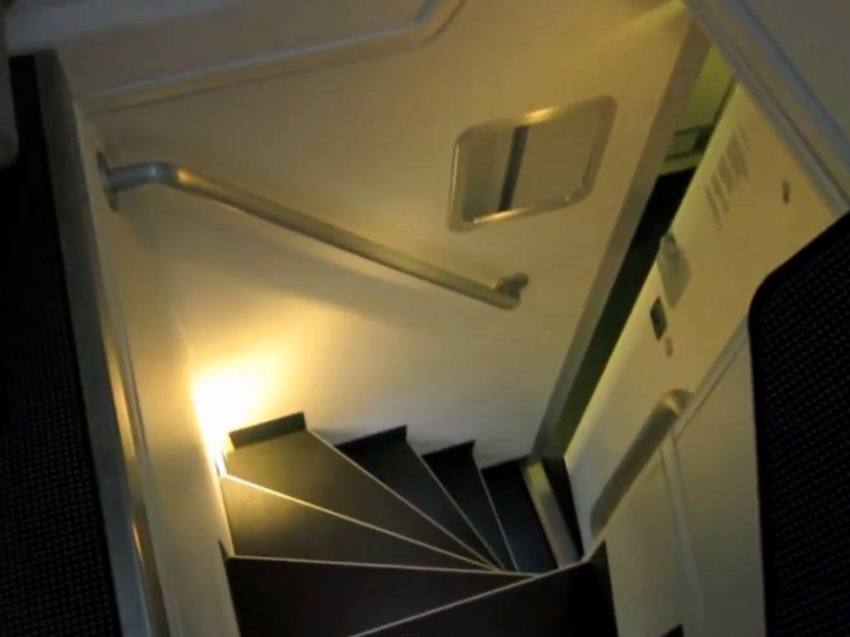 Boeingrestroom17 Тайная комната в пассажирских Боингах