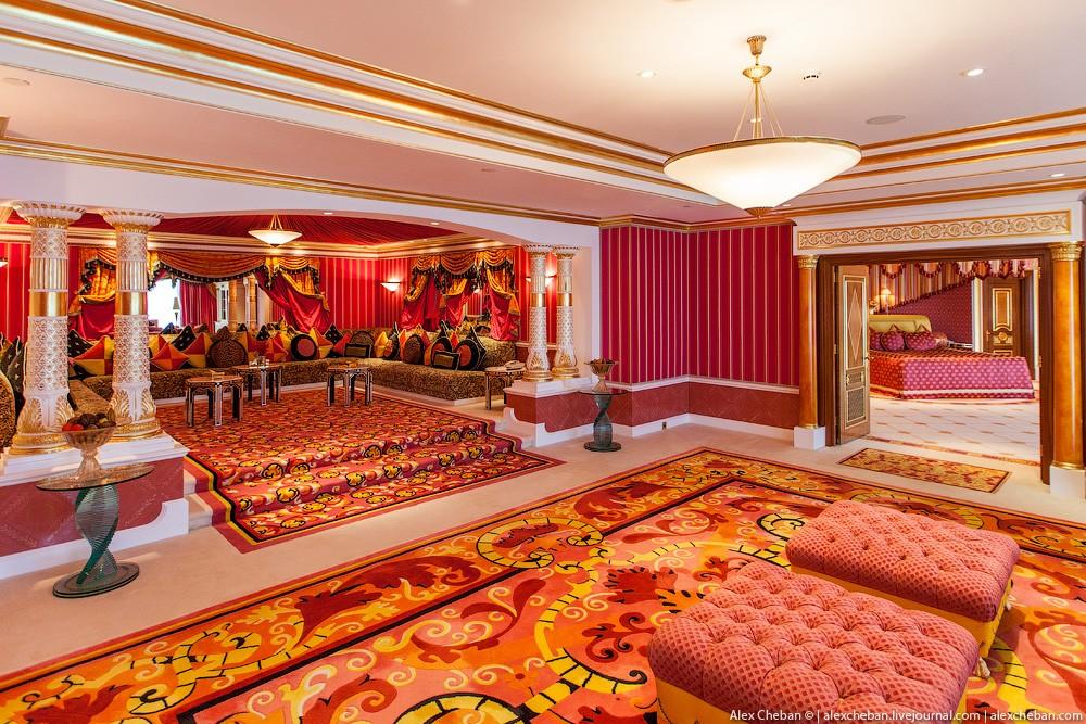 BurjAlArab20 ouro para xeques e oligarcas: o quarto mais caro no hotel Burj Al Arab sete estrelas