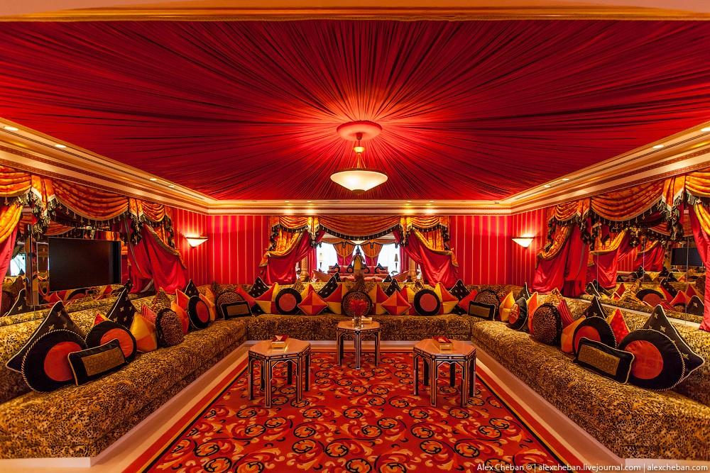 BurjAlArab21 Золото для шейхов и олигархов: самый дорогой номер в семизвездочном отеле Burj Al Arab