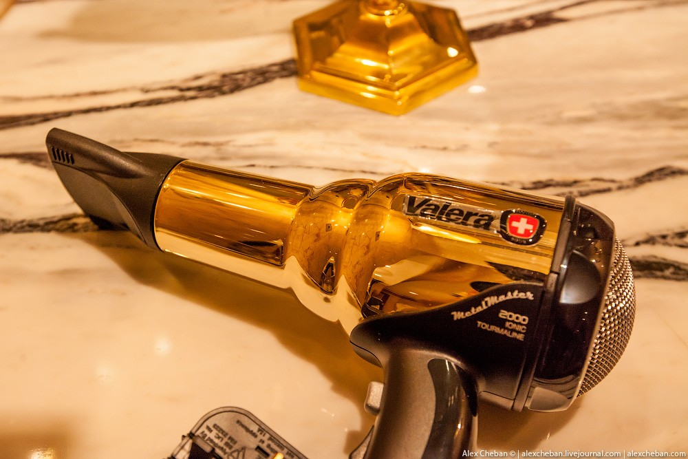 BurjAlArab29 ouro para xeques e oligarcas: o quarto mais caro no hotel Burj Al Arab sete estrelas