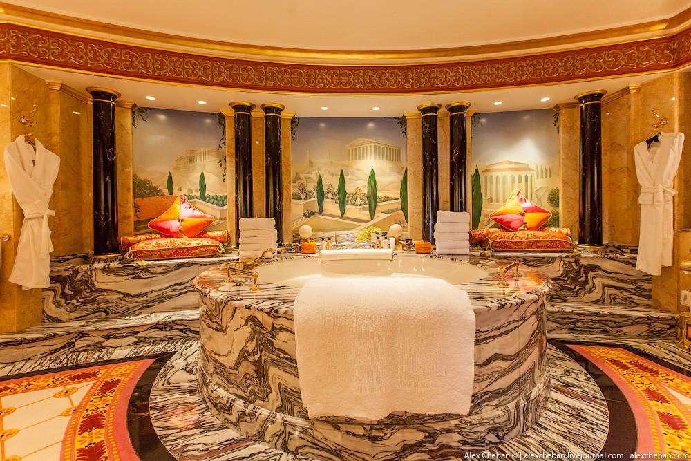 BurjAlArab30 ouro para xeques e oligarcas: o quarto mais caro no hotel Burj Al Arab sete estrelas