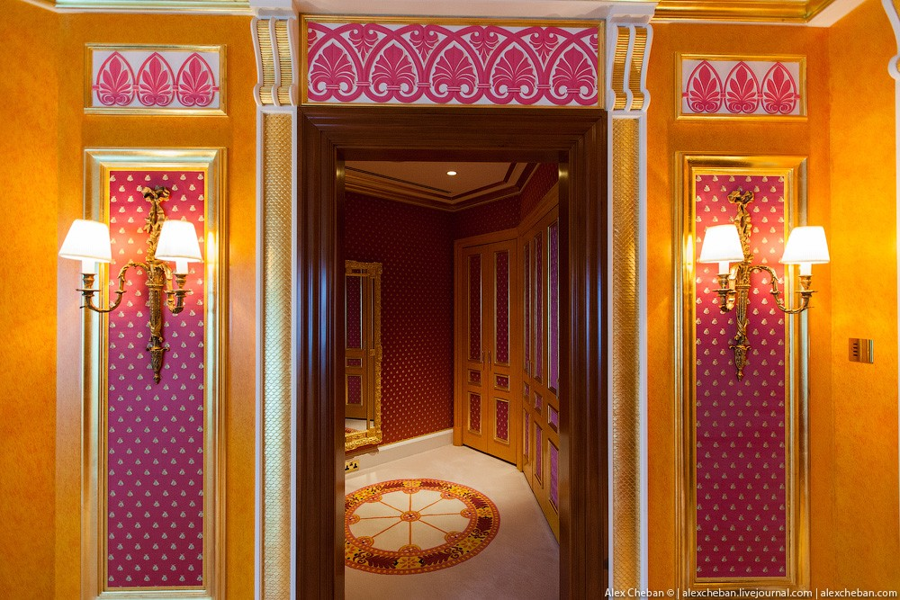 BurjAlArab31 ouro para xeques e oligarcas: o quarto mais caro no hotel Burj Al Arab sete estrelas