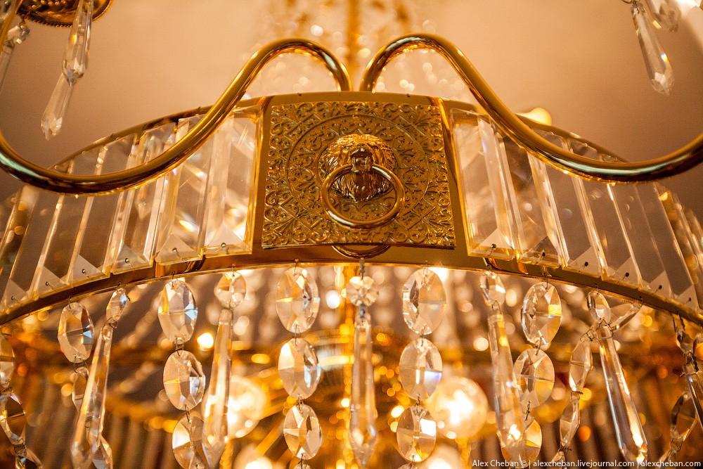 BurjAlArab33 ouro para xeques e oligarcas: o quarto mais caro no hotel Burj Al Arab sete estrelas