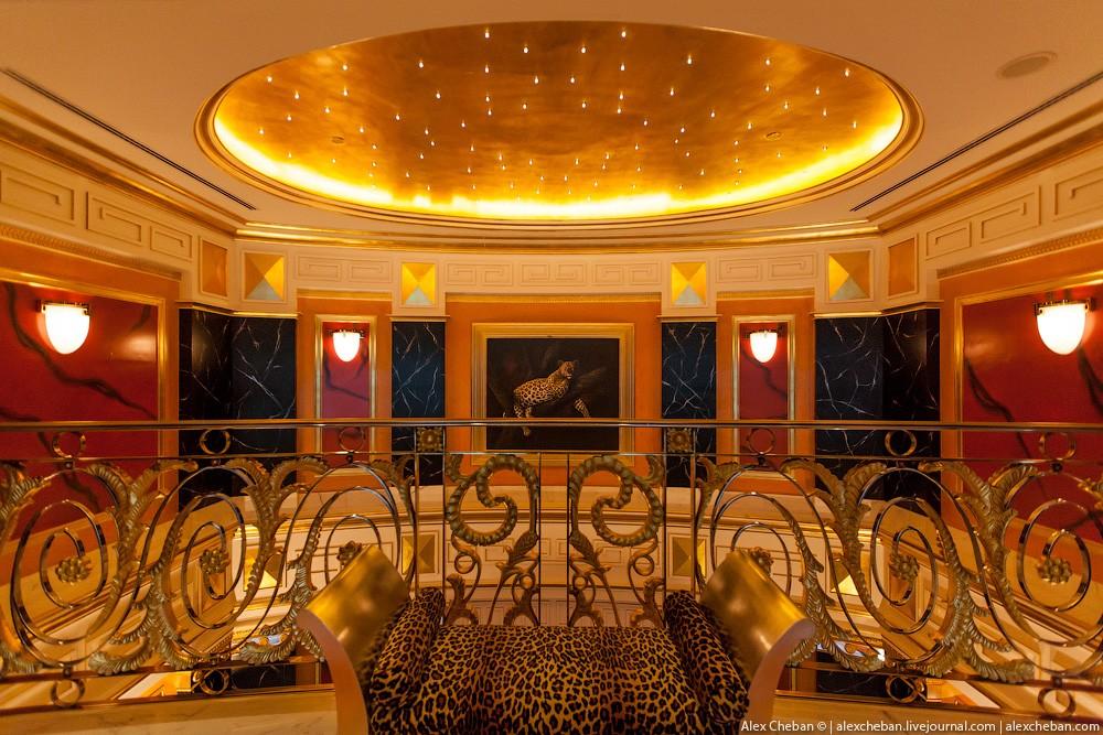 BurjAlArab34 ouro para xeques e oligarcas: o quarto mais caro no hotel Burj Al Arab sete estrelas