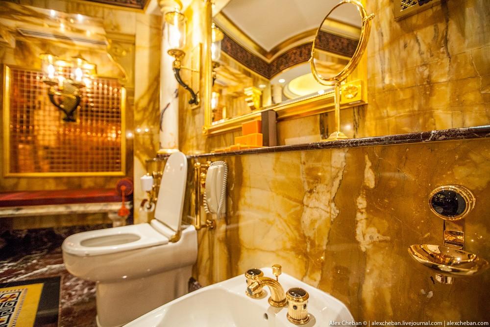 BurjAlArab37 ouro para xeques e oligarcas: o quarto mais caro no hotel Burj Al Arab sete estrelas