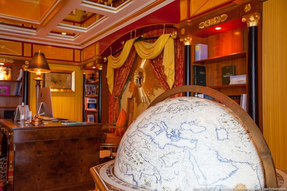 BurjAlArab48 ouro para xeques e oligarcas: o quarto mais caro no hotel Burj Al Arab sete estrelas