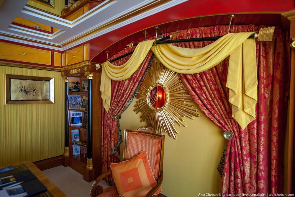 BurjAlArab49 ouro para xeques e oligarcas: o quarto mais caro no hotel Burj Al Arab sete estrelas