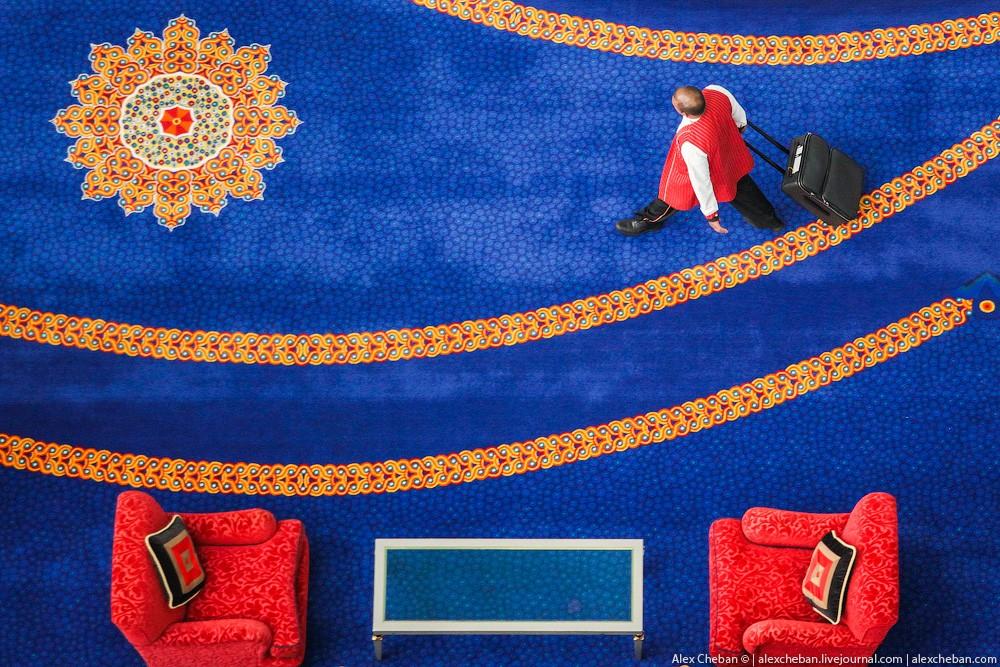 BurjAlArab51 ouro para xeques e oligarcas: o quarto mais caro no hotel Burj Al Arab sete estrelas