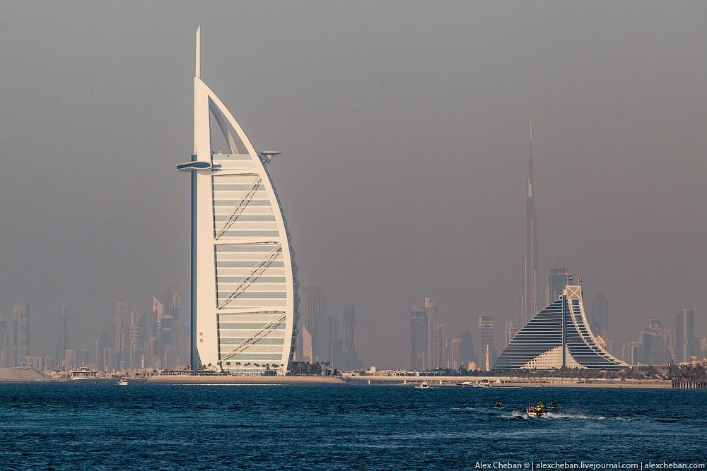 BurjAlArab52 ouro para xeques e oligarcas: o quarto mais caro no hotel Burj Al Arab sete estrelas