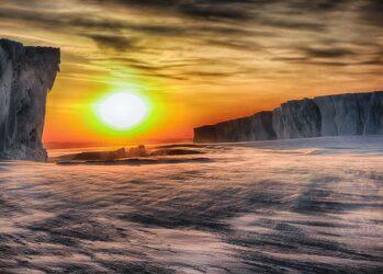 Антарктида • НОВОСТИ В ФОТОГРАФИЯХ: http://bigpicture.ru/?tag=antarktida