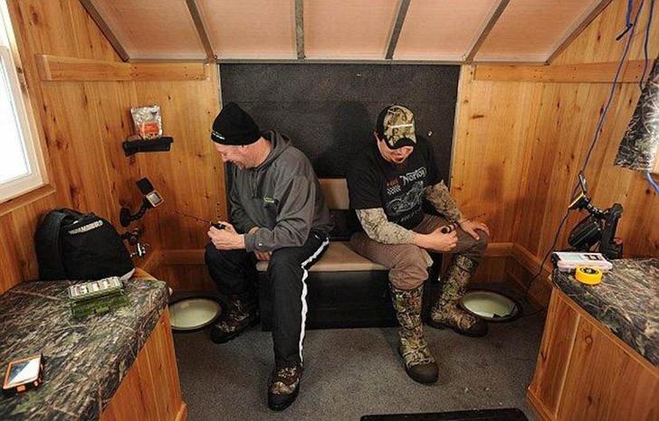 Mobilehome02 Мобильный дом для зимней рыбалки на льду