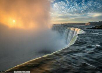 Niagaraoutside01