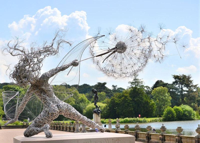 RobinWhite03 Удивительные скульптуры из стальной проволоки