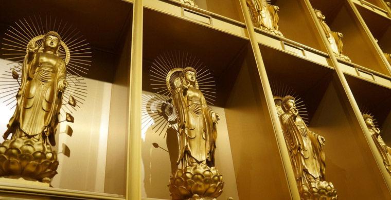 Statuesinside04 Статуи изнутри