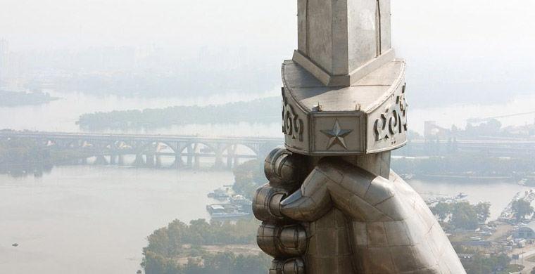 Statuesinside18 Статуи изнутри
