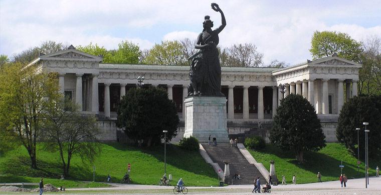 Statuesinside55 Статуи изнутри