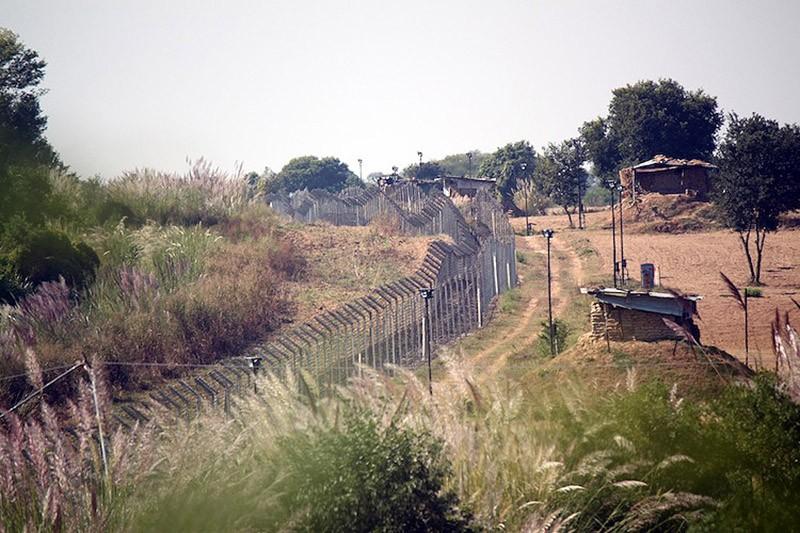 borderwalls15 10 мрачных пограничных стен, разделяющих мир