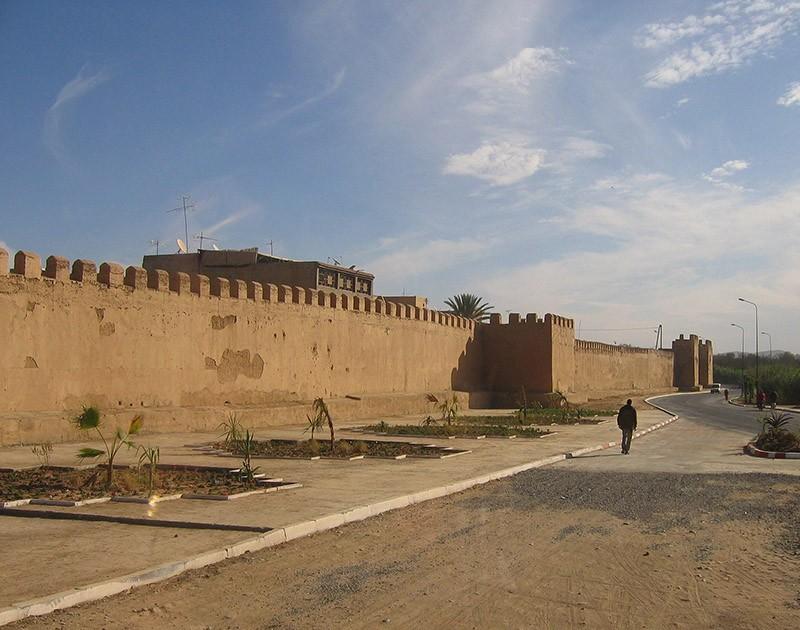 borderwalls17 10 мрачных пограничных стен, разделяющих мир