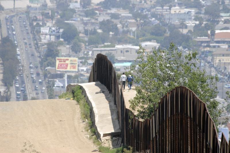 borderwalls20 10 мрачных пограничных стен, разделяющих мир