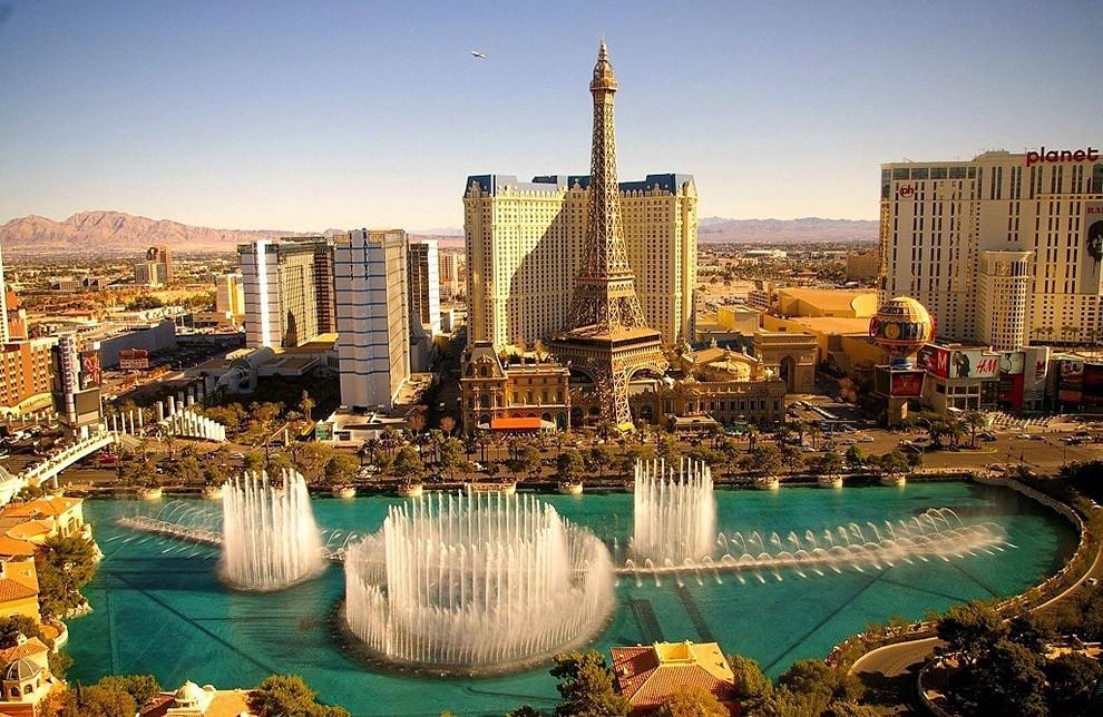 где находится казино крупное в мире