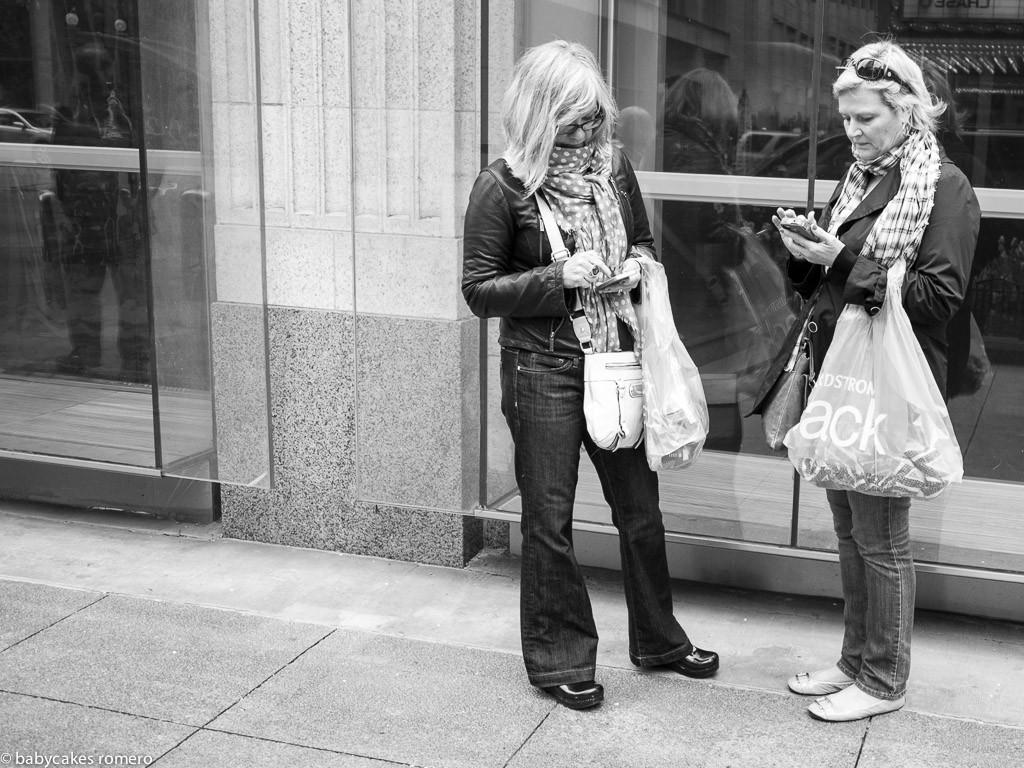 deathofconversation11 Эти снимки доказывают, как безвозвратно изменился мир