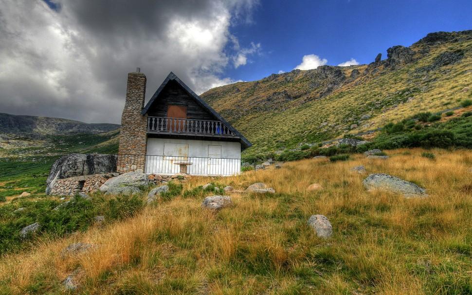 lonelyhouses16 Потрясающие дома, построенные вдали от цивилизации