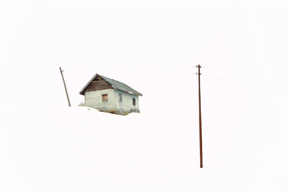 lonelyhouses31 Потрясающие дома, построенные вдали от цивилизации