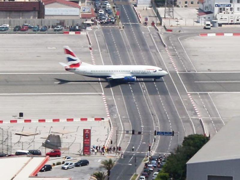 scaryairports19 25 самых ужасных аэропортов со всего мира