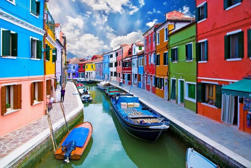 п3 800x535 Удивительные крошечные города, которые кажутся нереальными