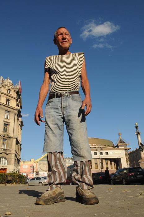 142 Славик самый модный бомж Украины