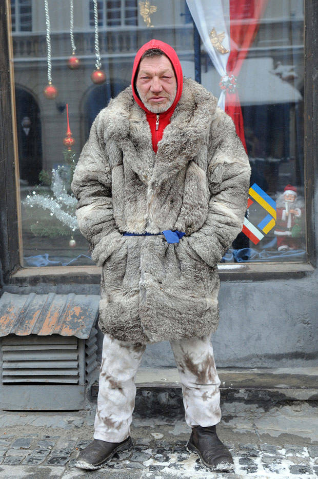 54 Славик самый модный бомж Украины