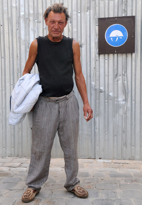 871774 Славик самый модный бомж Украины