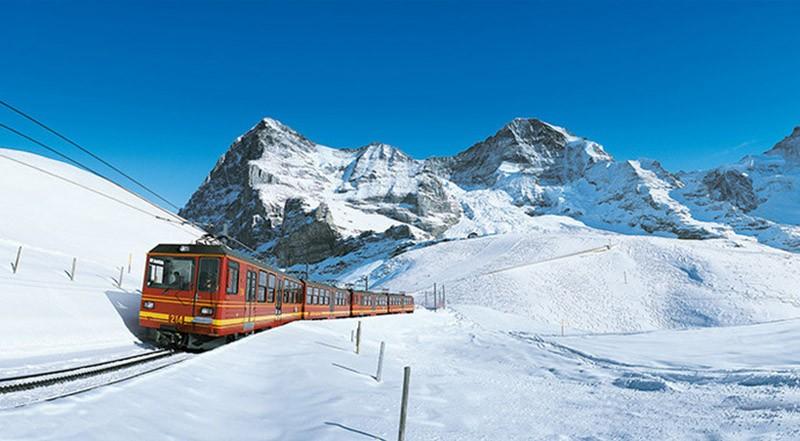 Chbahns12 Топ 5 самых необычных железных дорог Швейцарии