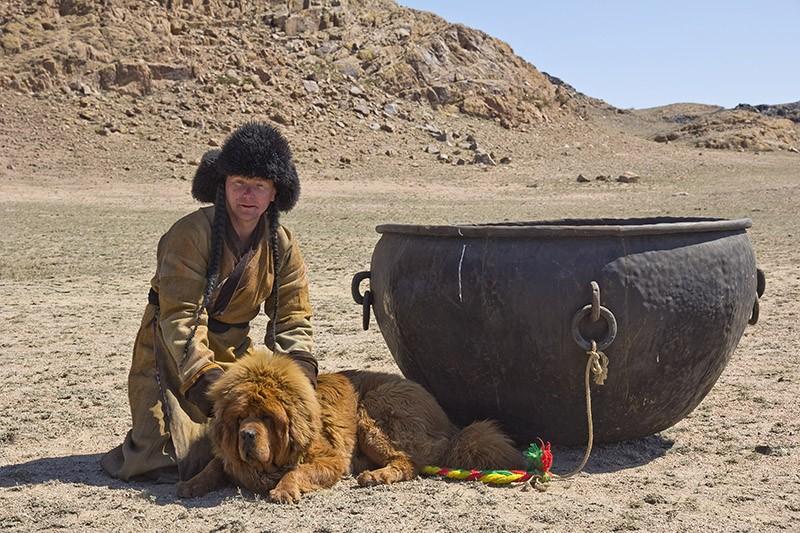 Gangsen00 Снежные львы: из Тибета в Казахстан
