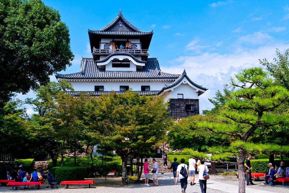 Замок в токио фото
